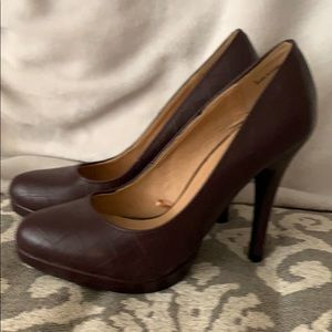 Platform pumps- Burgundy